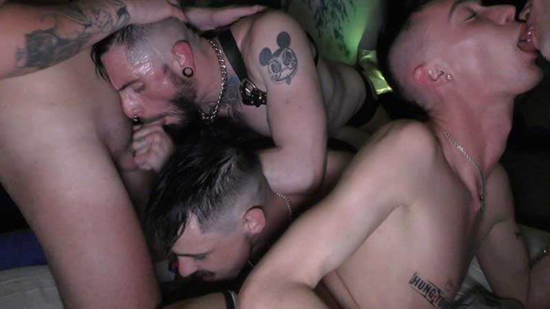Authoritative message cum pig daddies orgy clips from it